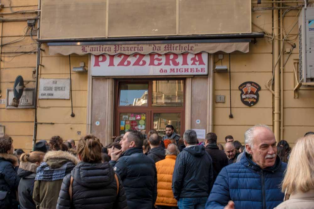 Naples Pizzeria