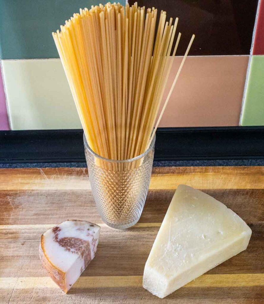 Ingredients for Spaghetti alla Gricia