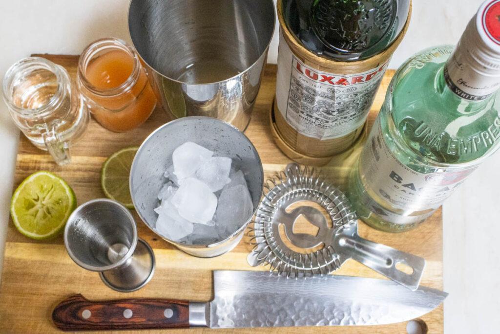 Hemingway Daiquiri Ingredients including Ice
