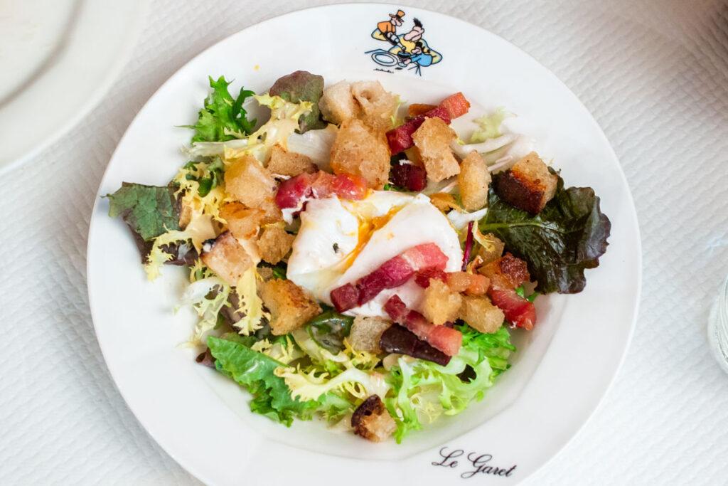 Lyonnaise Salad at Le Garet in Lyon France