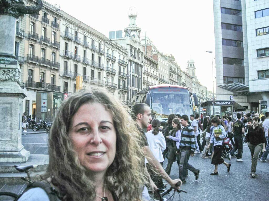 Mindi in Barcelona Square