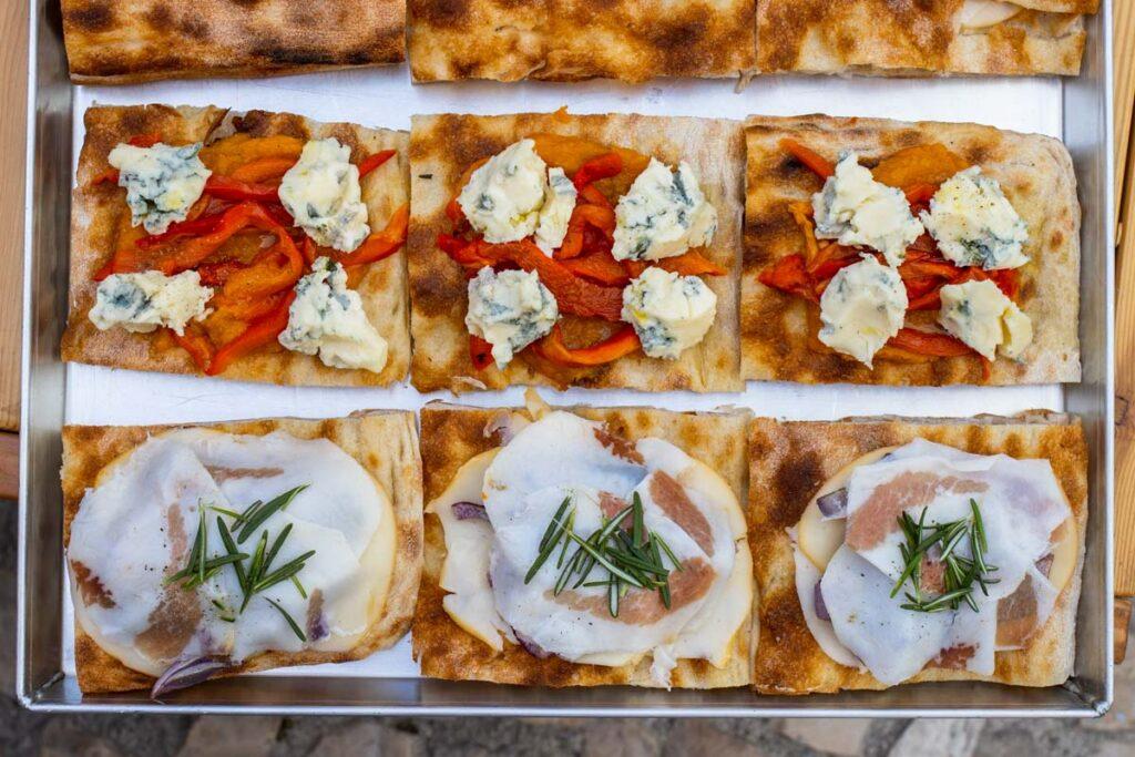 Pizza at Forno Emilia in Lisbon