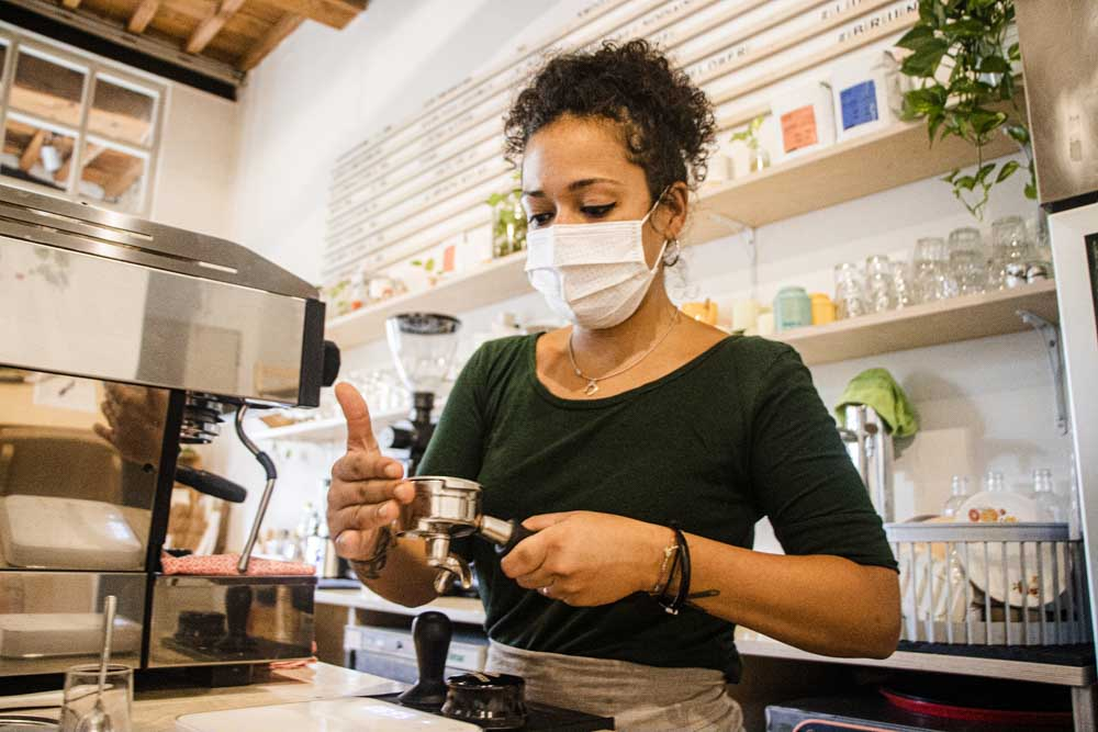 Barista with Mask at Melaleuca in Florence