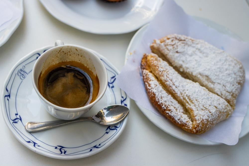 Coffee and Pastries at Pasticceria Nencioni in Florence
