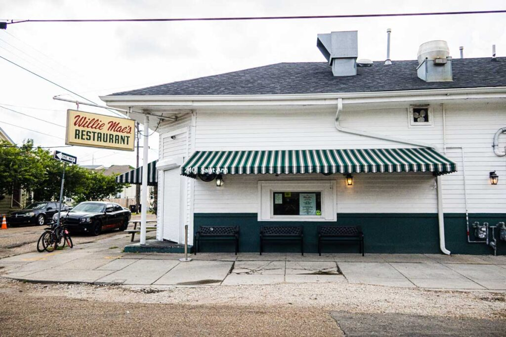 Outside of Willie Mae's Scotch House
