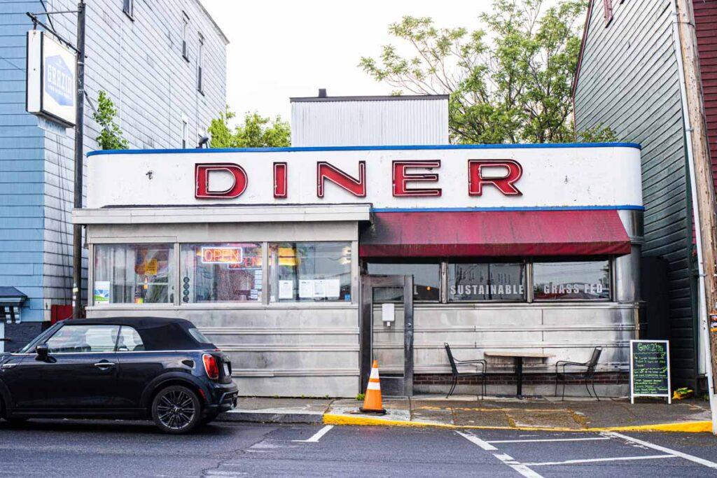 Grazin Diner in the Catskills