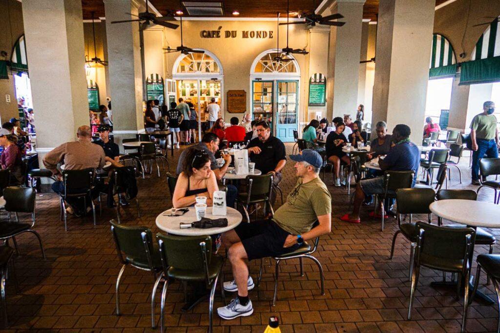 Tables at Cafe du Monde in New Orleans