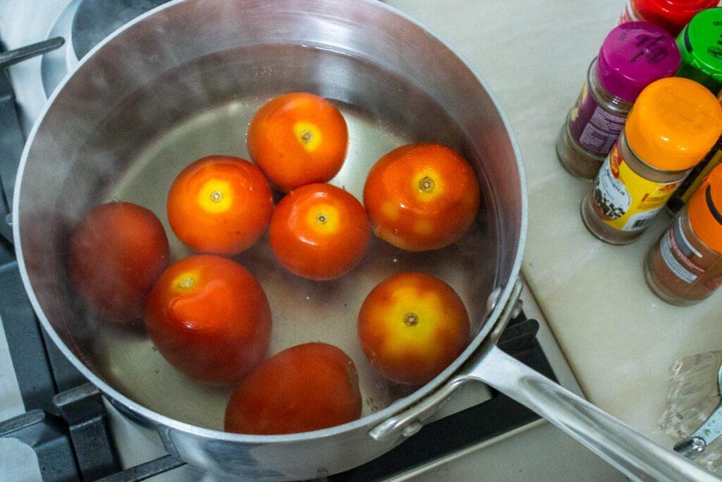 Blanching tomatoes for Peeling