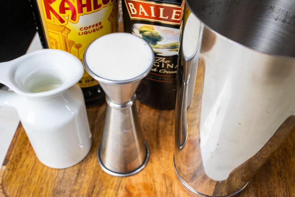 Measuring Cream for Mudslide Cocktail