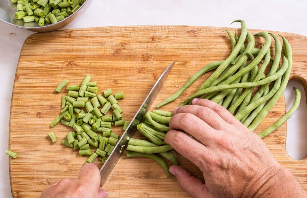 String Beans cut in small cylinders