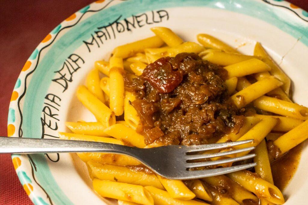 Pasta alla Genovese in Napoli at Mattonella